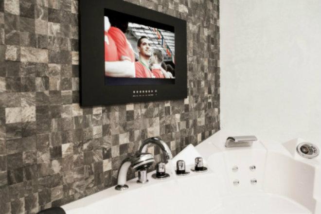 Badezimmer-Fernseher mit Einbaukasten