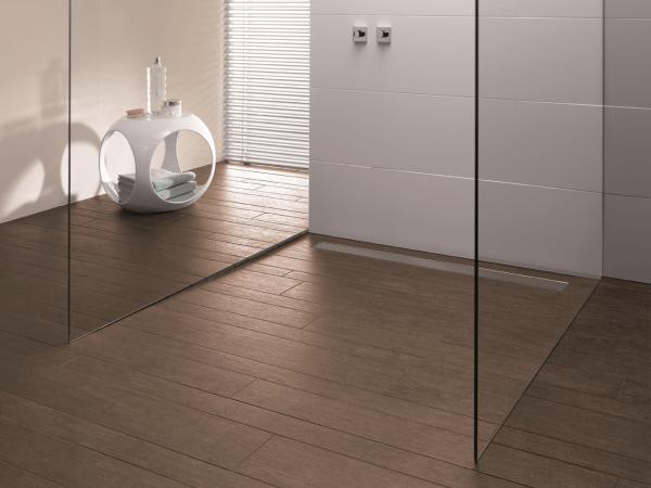 duschboard mit integrierter ablaufrinne. Black Bedroom Furniture Sets. Home Design Ideas