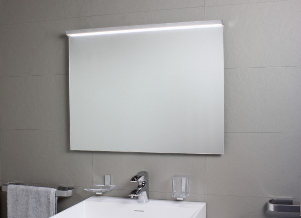 Koh-I-Noor SARTORIA Spiegelleuchte mit LED-Licht. Anbringung an der oberen Spiegelkante mit Klebeban