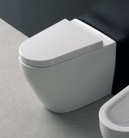 Scarabeo Tizi bodenstehendes WC L: 54 B: 40 cm