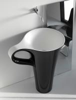 ArtCeram One Shot Cup freistehender Waschtisch, B: 700, T: 500, H: 850 mm, schwarz glänzend / weiss