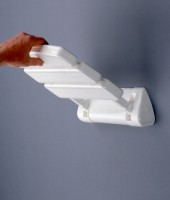 pro Med Serie 200 Duschklappsitz new Siesta inkl. Standard-Befestigungsmaterial