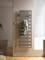 Kermi Casteo-E Badheizkörper 1535x30x500mm 600 Watt, weiß, Elektroset WKS links, weiß